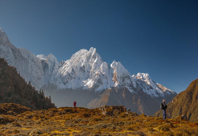 7 Thing to Know before going on Manaslu Circuit Trek: Shringi Himal